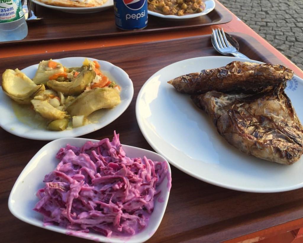 bozcaada_güveç_lokantası