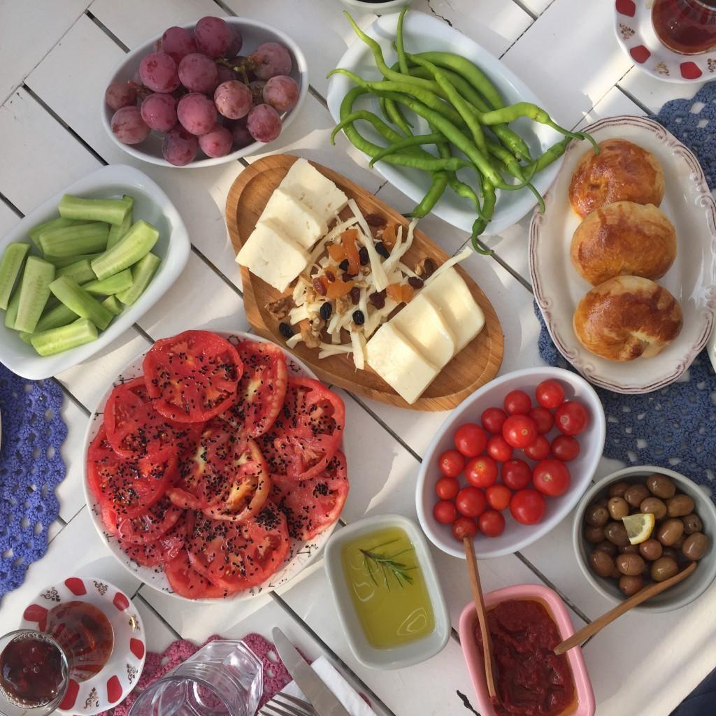 patiskabağevi-kahvaltı-bozcaada